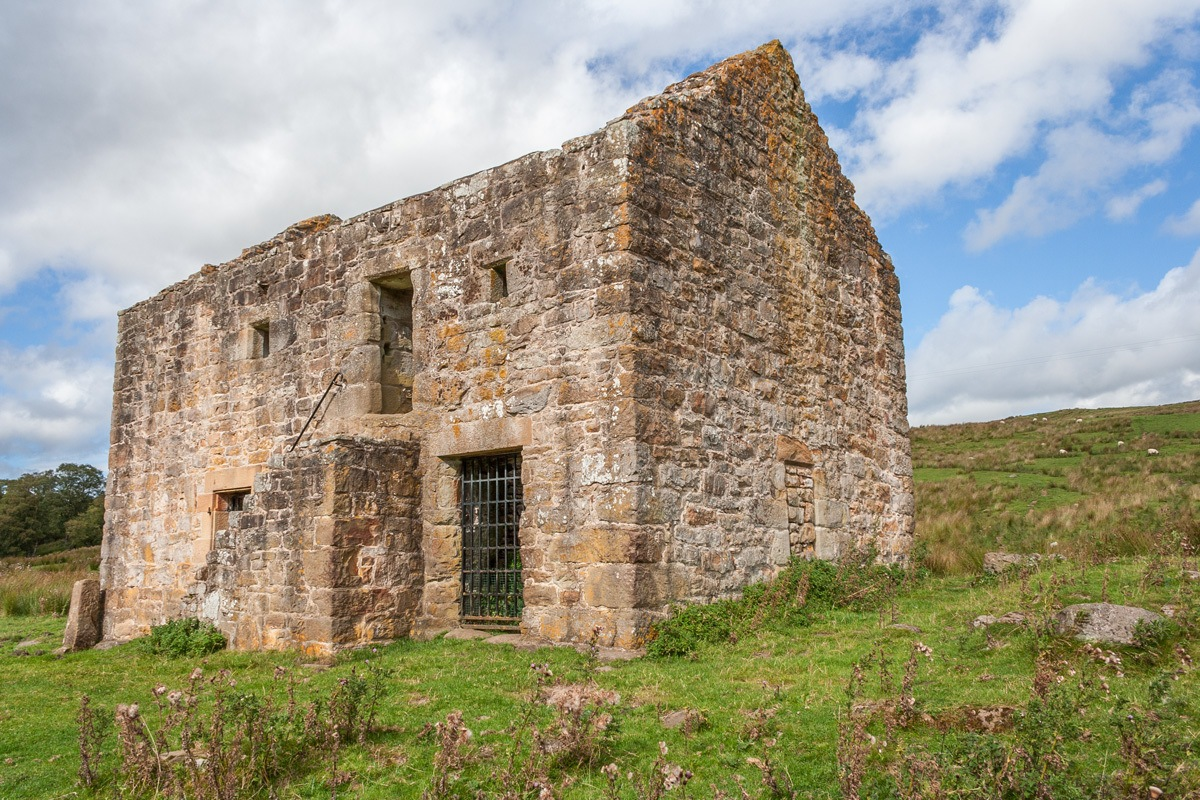 Black Middens Castle
